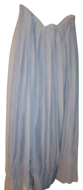 Preload https://item2.tradesy.com/images/grey-pleated-maxi-skirt-size-4-s-27-12016141-0-1.jpg?width=400&height=650