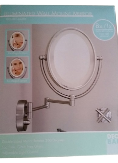 Preload https://item3.tradesy.com/images/silver-magnifying-lighted-make-up-mirror-12016672-0-1.jpg?width=440&height=440