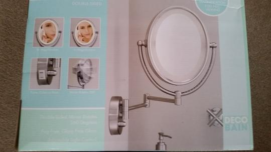 Other Magnifying lighted make-up mirror