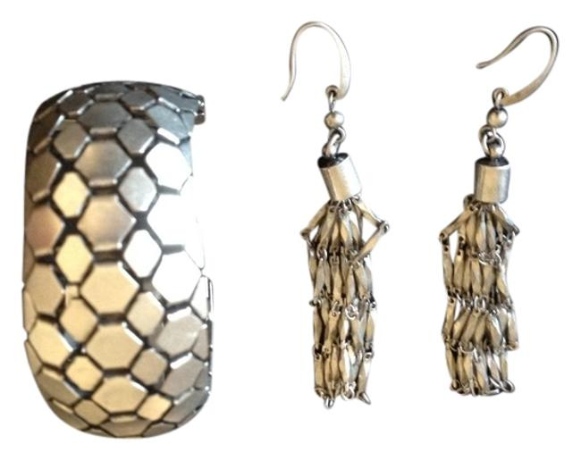 Item - Aged Silver For H & M Earrings