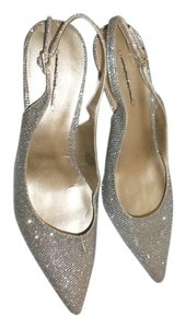 Bandolino Slingback Gold Butler Textured Pumps