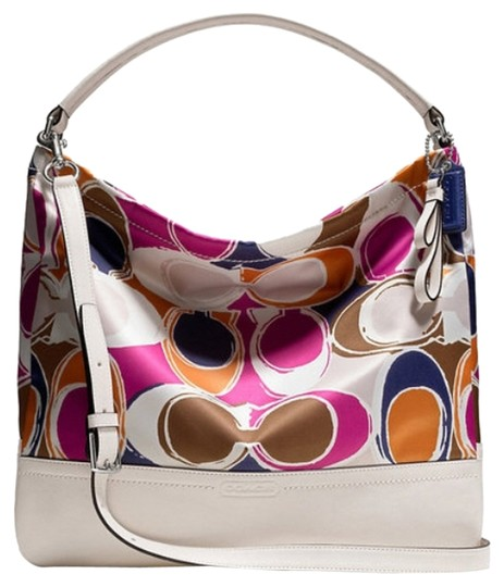 Preload https://img-static.tradesy.com/item/12019915/coach-multi-color-fabric-hobo-bag-0-1-540-540.jpg