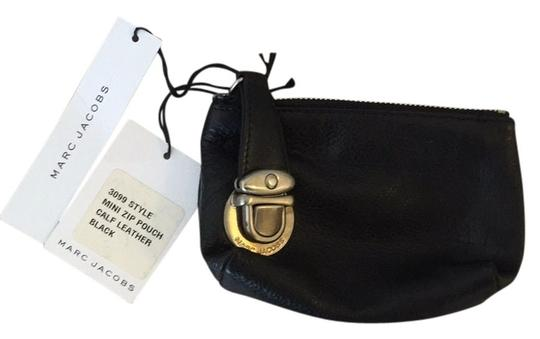 Preload https://item2.tradesy.com/images/marc-jacobs-blac-3099-mini-zip-pouch-wallet-12019996-0-1.jpg?width=440&height=440