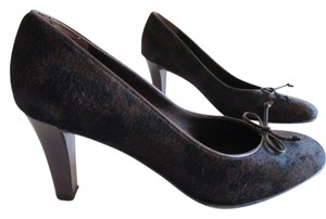 Salvatore Ferragamo Classic Pony Hair Horse Hair Animal Spots Black Kid Leather Leather Sole Espresso Pumps