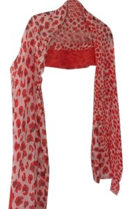 Isaac Mizrahi Designer scarf in orange pattern