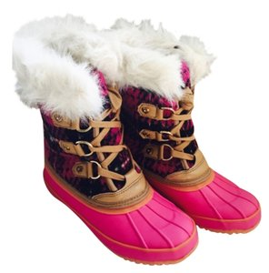 Juicy Couture New Pink Plaid with Faux Fur Boots