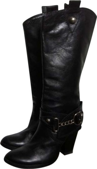 Preload https://item2.tradesy.com/images/black-leather-bootsbooties-size-us-55-regular-m-b-120271-0-0.jpg?width=440&height=440