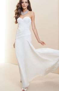 bebe Ivory Polyester Traditional Wedding Dress Size 4 (S)