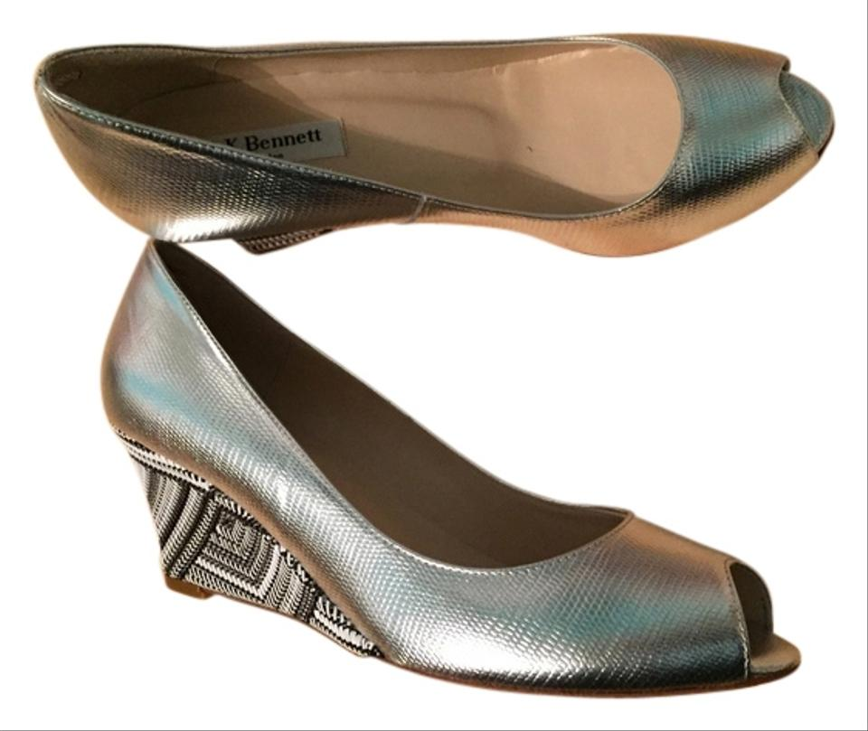 091cd84c8e45 L.K. Bennett Silver Zoey Wedges Size US 8.5 Regular (M