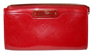 Louis Vuitton Genuine Louis Vuitton Vernis Cosmetic Bag Clutch Pouch in Red