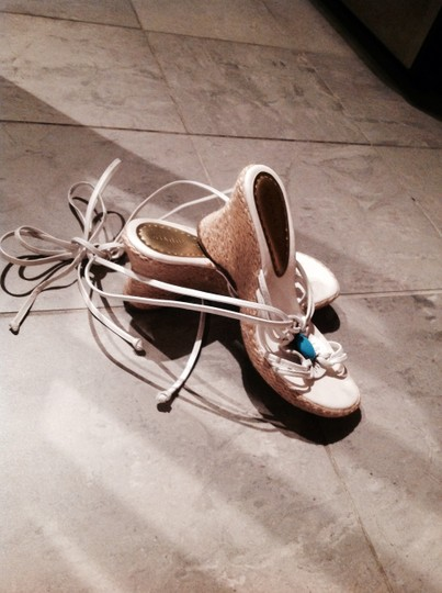 Gianni Bini Lace-up Lace Up Strap-up Strap Up Sandals in White with Turquoise Stone and Wicker Wedges