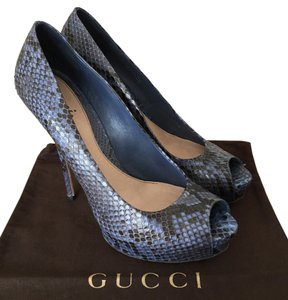 Gucci Snakesk Peep Toe Blue Pumps