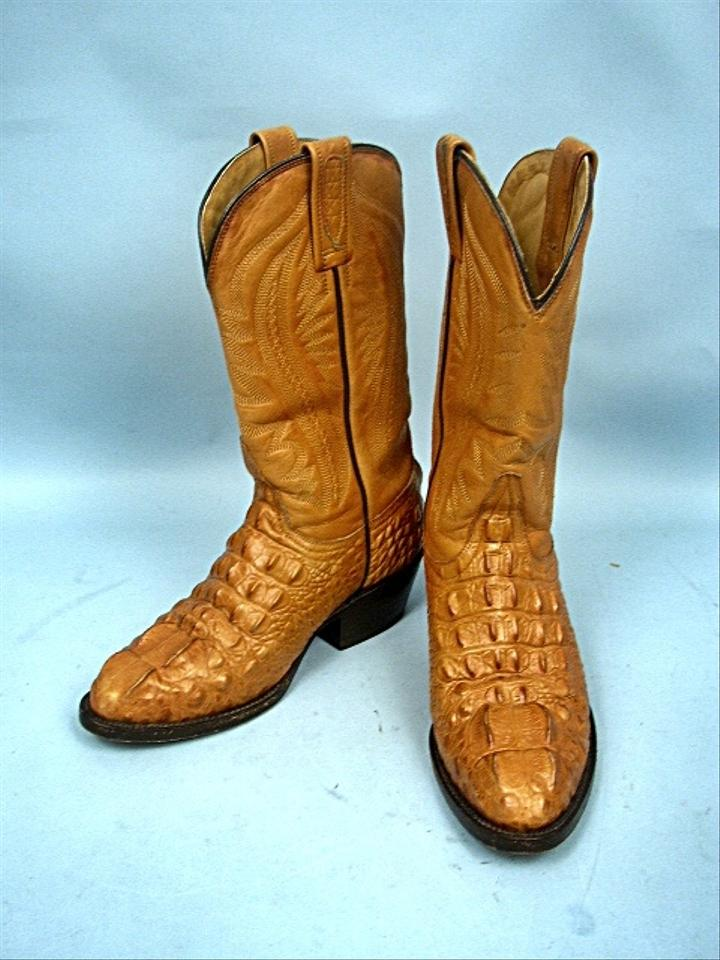 4b756aa67f0 Brown Embossed Crocodile Western Leather 1/2b Boots/Booties Size US 4.5  Regular (M, B) 67% off retail