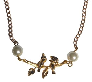 New Birds on Twig Faux Pearl Bib Necklace Gold Tone J2003