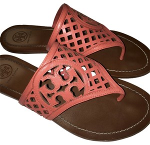 Tory Burch 8 Size Size8 coral Sandals