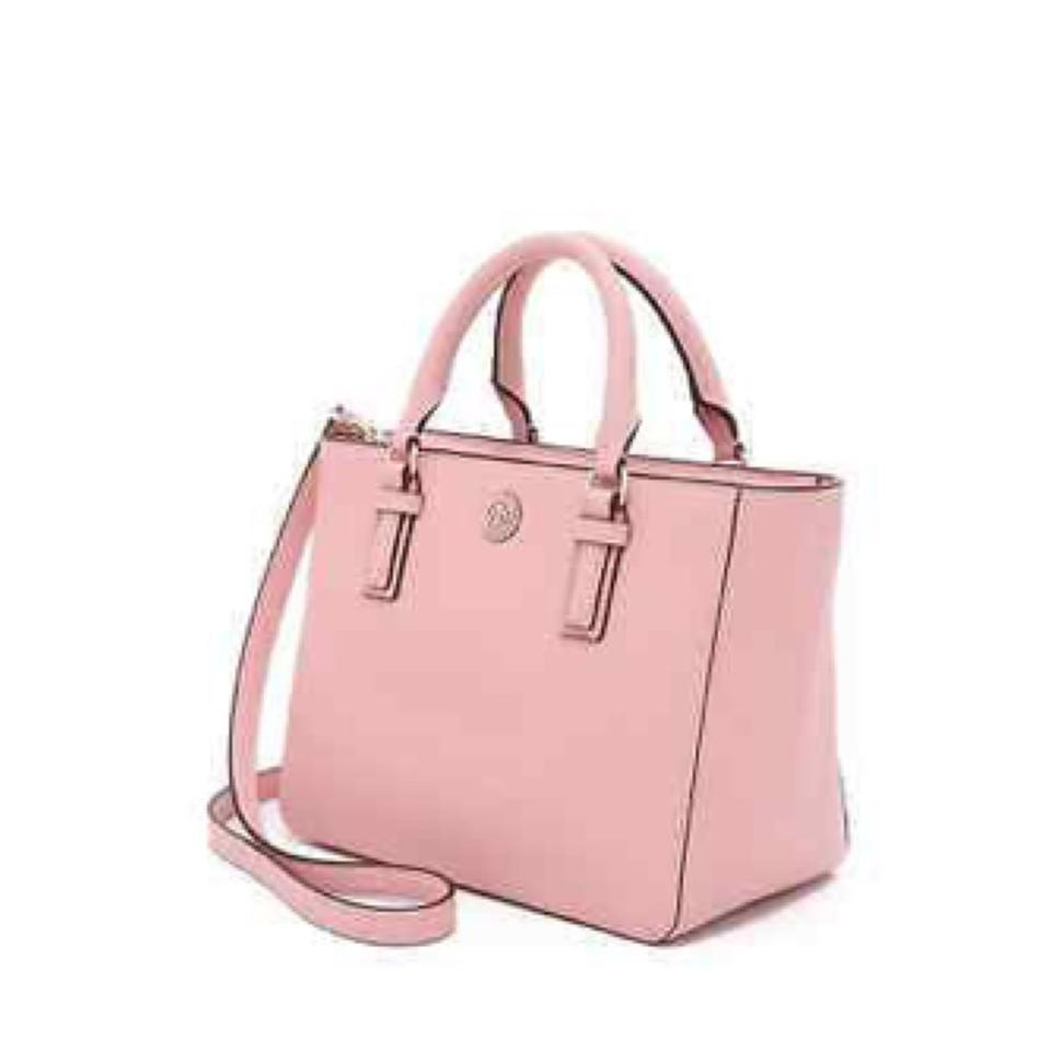 The Robinson: a timeless favorite. Designer handbags named for Tory's parents, Buddy and Reva Robinson. named for Tory's parents, Buddy and Reva Robinson. The Robinson handbag collection — from totes and cross-body bags to chain bags and wallets. promotions, special offers, news and events from Tory Burch by email. You can.