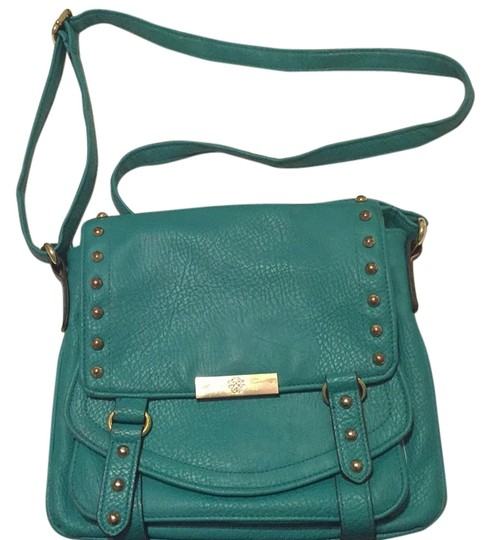 Preload https://img-static.tradesy.com/item/12039832/jessica-simpson-teal-leatherette-cross-body-bag-0-1-540-540.jpg