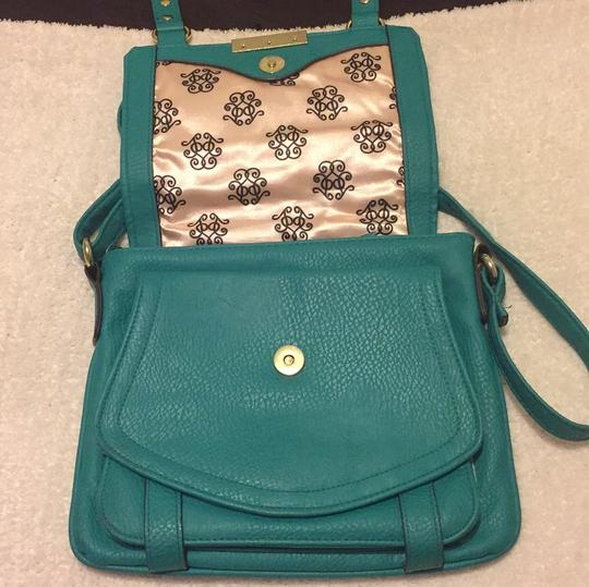 Jessica Simpson Cross Body Bag Image 3