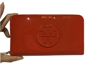 Tory Burch Tory Burch Stacked Logo Zip Continental Patent Leather Equestrian Orange Bew With Tag