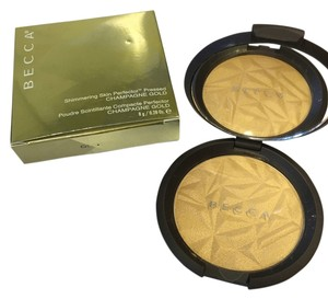 Becca Cosmetics Becca Champagne Gold Shimmering Skin Perfector Highlighter