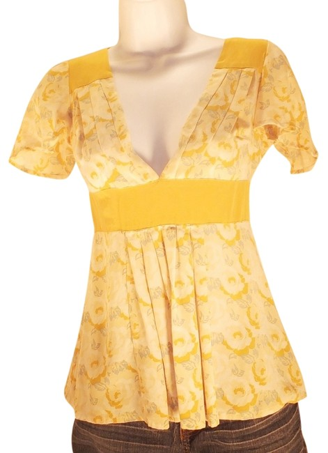 Item - Yellow Multi Bogo Free Empire Waist Floral Plunging V-neck Short Sleeve Sexy Blouse Size 2 (XS)