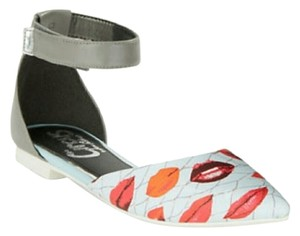 Sam Edelman Lips Print Leather Strap white red gray Flats