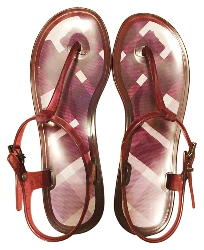 ec7ae128ced4 Burberry Red Jelly Thong Sandals Size US 9 - Tradesy