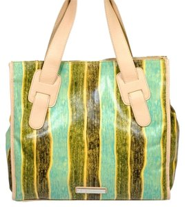 BCBGeneration Bcbg Beach Brown Fun Spring Stylish Trendy Chic Girly Tote in Green and Yellow Striped