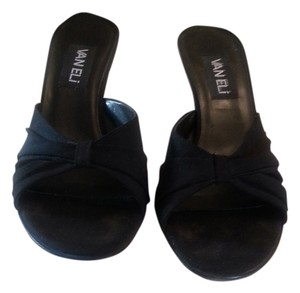 Vaneli Well Made Perfect Condition Black Sandals