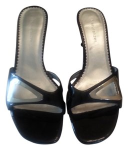 Naturalizer Silver Hardware Comfortable Black Patent leather Sandals