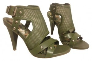 Kenneth Cole Cargo Green Sandals