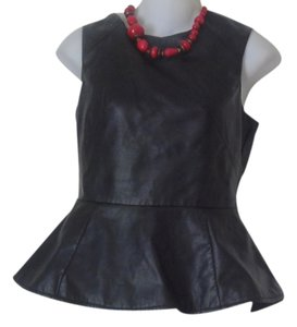 First Kiss Pendulum Faux Leather Small Top Black