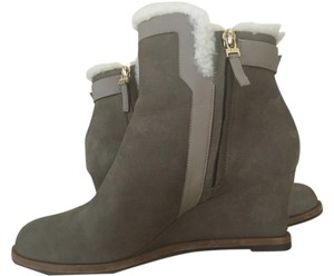Fendi Suede olive green Boots