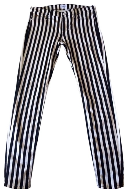Item - Black and White Dark Rinse Skinny Jeans Size 29 (6, M)