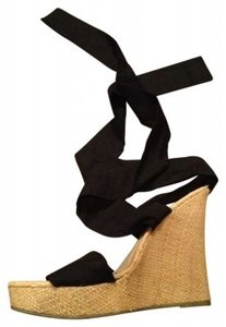 Classified Black and Tan Wedges