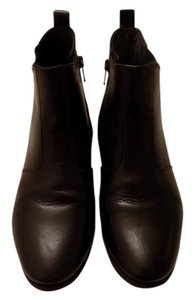 Nuture Black Boots