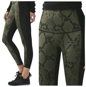 Lululemon New With Tags Lululemon Beyond Boundaries Pant Laser Cut, Size 6 Fatigue Green And Black