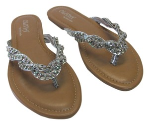 Olivia M New Size 5-6 Excellent Condition Silver Sandals