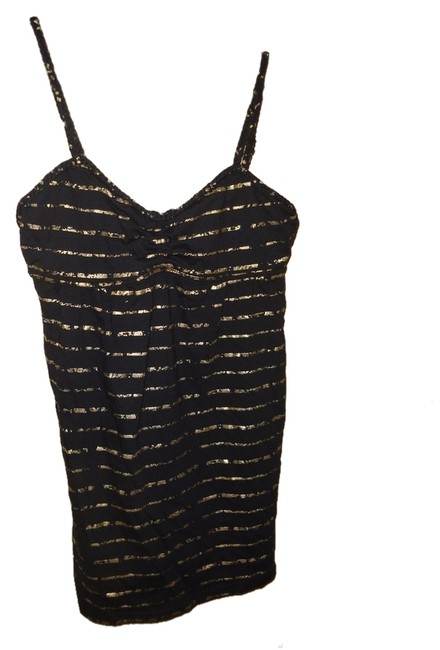 Preload https://item4.tradesy.com/images/black-poppy-gold-tank-topcami-size-4-s-1207613-0-0.jpg?width=400&height=650