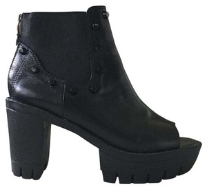Alexander McQueen Studded Leather Ankle Boot Black Boots