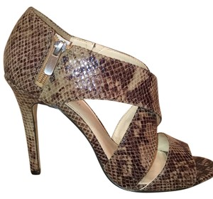 Enzo Angiolini Taupe/Brown Sandals
