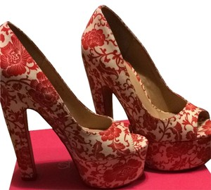 ShoeDazzle Platform Peep Toe Chunky Red, white Pumps