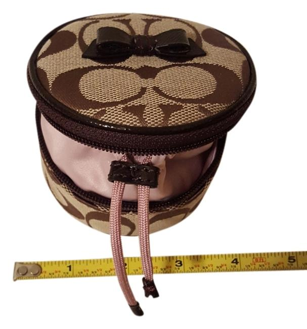 Item - Brown Signature Pouch with Mirror