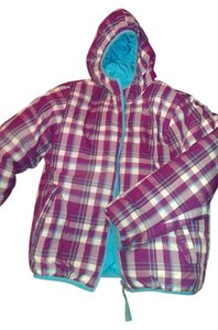 The North Face 550 Girls Winter Coat Downed purple plaid and teal (reversible) Jacket