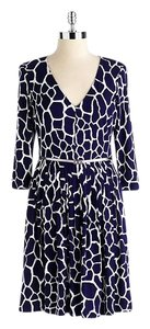 Jones New York Giraffe Navy Belted V-neck Pockets Dress