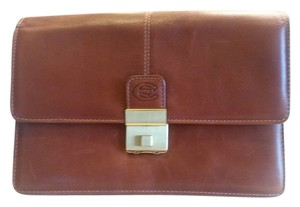 SwissGear Brown Clutch
