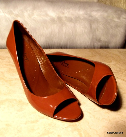 Richard Tyler Sexy Real Patent Leather Rumba Cognac Pumps