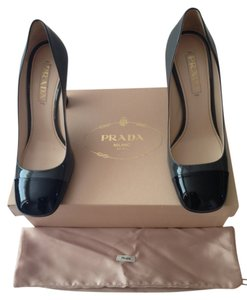 Prada Patent Leather Vernice Bicolor (black /grey) Pumps