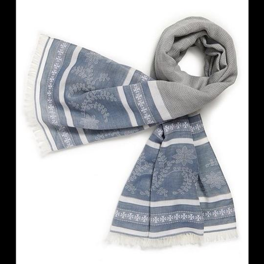 Tory Burch Tory Burch Oxford Woven Floral Scarf