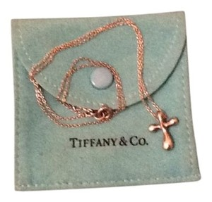 Tiffany & Co. Tiffany necklace. authentic purchased in the Tiffa